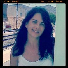 Ana José Ganga Ferriz (Española, radica en Alicante)